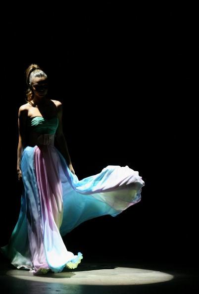 Miranda Kerr「RAFW S/S 2007/08 - Alex Perry Catwalk」:写真・画像(11)[壁紙.com]