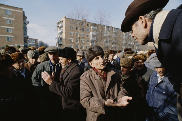 Large Group Of People「East Prigorodny Conflict」:写真・画像(13)[壁紙.com]