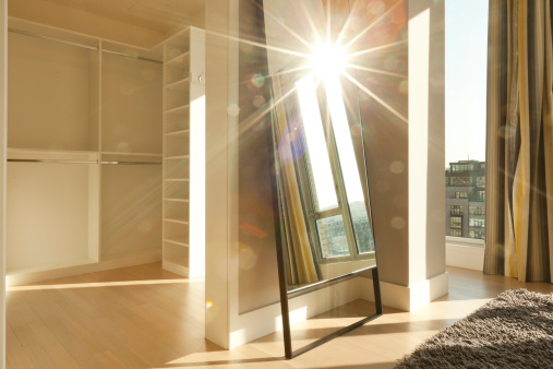 Sunbeam「Penthouse Apartment with Abstract Sun Flair」:スマホ壁紙(10)