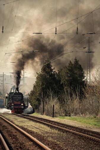 SL「古い機関車し、鉄道駅」:スマホ壁紙(18)