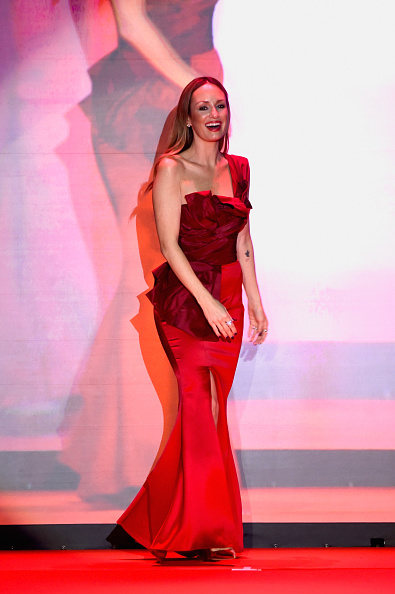 Catt Sadler「Go Red For Women Red Dress Collection 2015 Presented By Macy's At Mercedes Benz Fashion Week - Runway」:写真・画像(12)[壁紙.com]