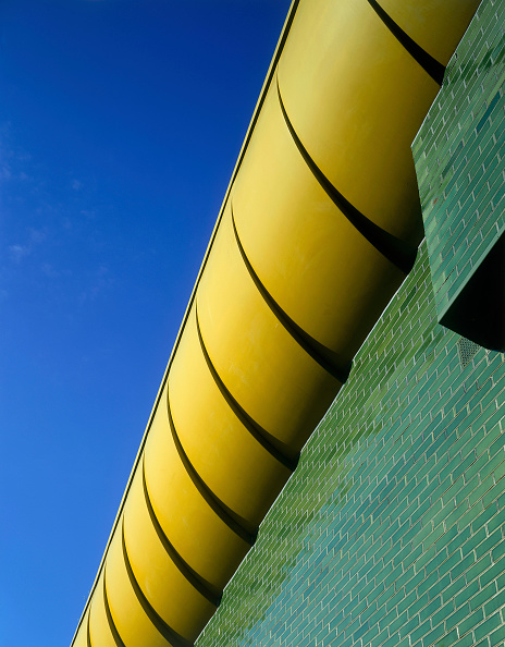 2002「Mile End Living Bridge, connecting two parks. London, United Kingdom.」:写真・画像(11)[壁紙.com]