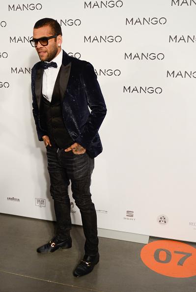 Dani Alves「080 Barcelona Fashion Week 2015 - Day 1」:写真・画像(11)[壁紙.com]