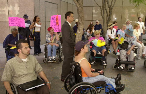 Ada「Disabled Protest Against California''s Challenge To Americans With Disabilities Act」:写真・画像(13)[壁紙.com]