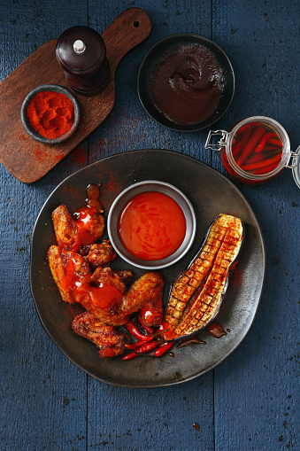 Chicken Wing「Super spicy chicken wings with sriracha and barbecue sauce」:スマホ壁紙(3)