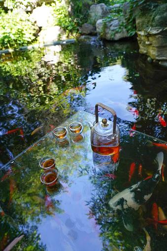 Carp「The tea service of the pond」:スマホ壁紙(14)