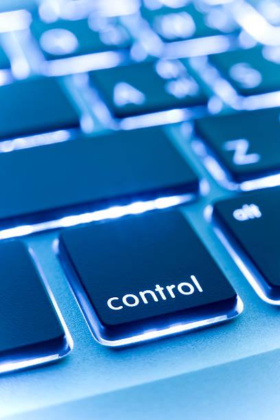 Computer laptop keypad 'control' button.:スマホ壁紙(壁紙.com)