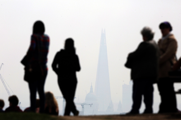 Overcast「Warnings Are Given On Air Pollution Levels Across The UK」:写真・画像(4)[壁紙.com]
