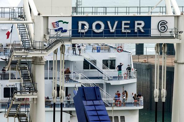 Ferry「UK Reimposes Quarantine For Travelers From France, Scrambling Holiday Plans」:写真・画像(12)[壁紙.com]