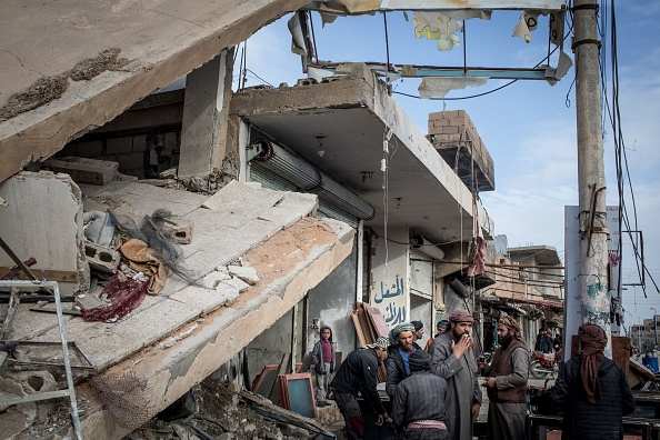 Rubble「Civilians Return To Towns Around Bagouz As ISIL Defeat Nears」:写真・画像(5)[壁紙.com]