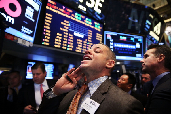 Trader「Markets Open One Day After Dow Hits Historic 16,000 Level」:写真・画像(6)[壁紙.com]