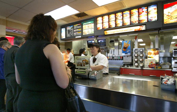 Fast Food「McDonald's Reports First Quarter 2003 Results」:写真・画像(5)[壁紙.com]