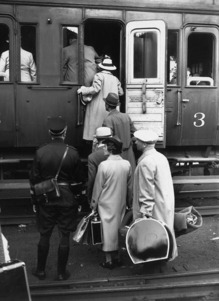 Travel Destinations「Jewish Refugees」:写真・画像(1)[壁紙.com]