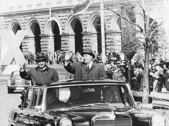 Bulgaria「Todor Zhivkov And Leonid Brezhnev」:写真・画像(9)[壁紙.com]