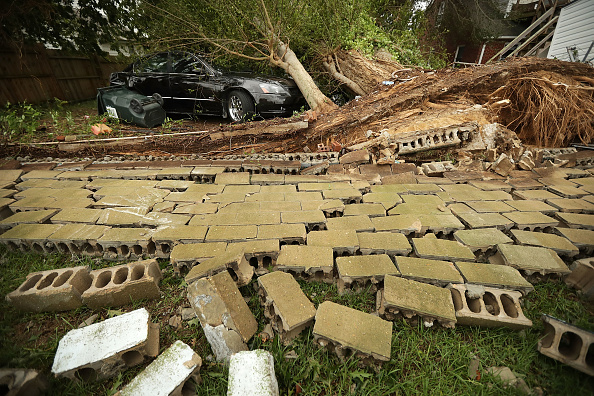Chip Somodevilla「Carolinas' Coast Line Recovers From Hurricane Florence, As Storm Continues To Pour Heavy Rain On The States」:写真・画像(12)[壁紙.com]
