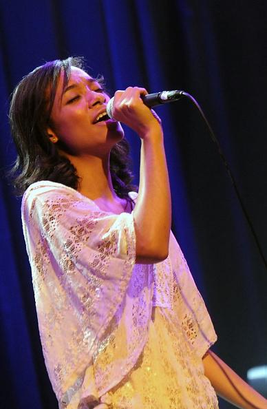 Three Quarter Length「Collin Raye Concert To Benefit The Buddy Care Foundation」:写真・画像(17)[壁紙.com]