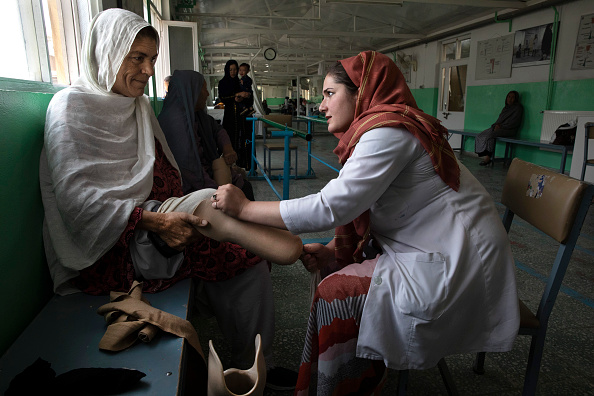 Kabul「Afghan Civilians Suffer In Attacks From All Sides」:写真・画像(7)[壁紙.com]
