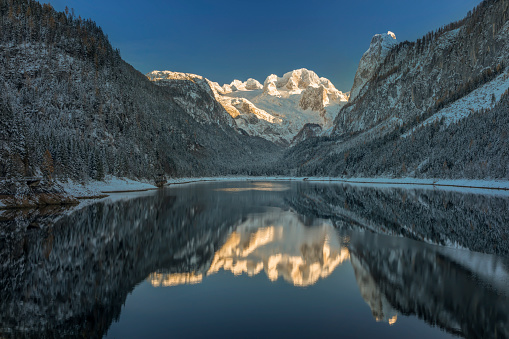 Dachstein Mountains「Glacier Dachstein  - Alpenglow in Winter at Lake Gosau, European Alps」:スマホ壁紙(6)