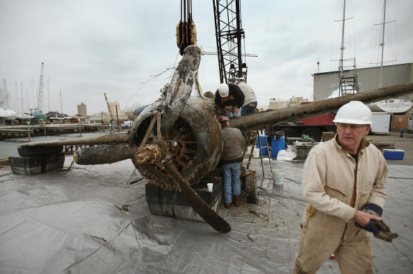 Great Lakes「World War II Era Fighter Plane Recovered From Lake Michigan」:写真・画像(15)[壁紙.com]