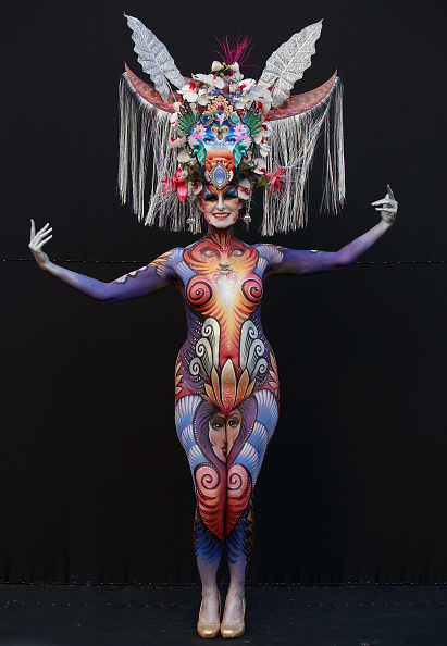 Headdress「2012 International Bodypainting Festival Takes Place」:写真・画像(19)[壁紙.com]