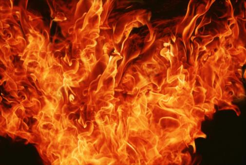 Flame「Flames against black background, full frame」:スマホ壁紙(10)
