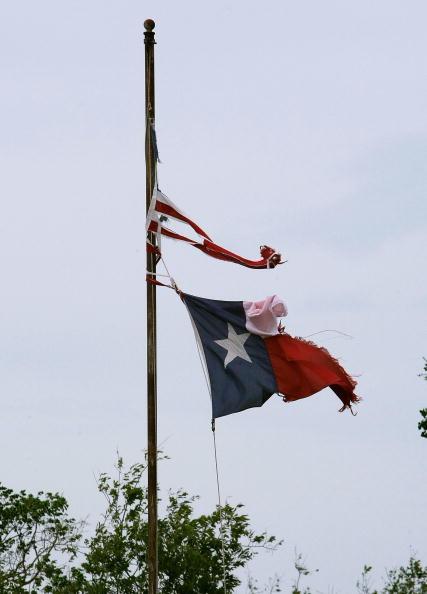 Hurricane Ike「Hurricane Ike Makes Landfall On Texas Coast」:写真・画像(15)[壁紙.com]