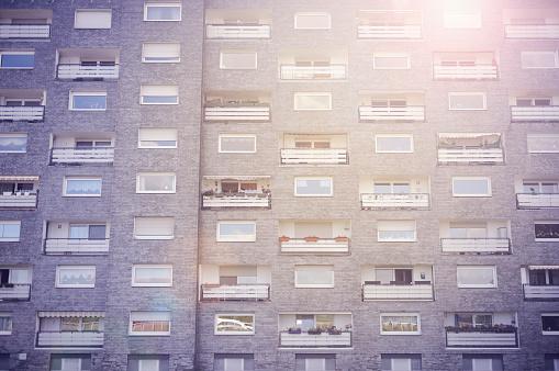 Unrecognizable Person「Germany, Monheim, facade of subsidized housing」:スマホ壁紙(8)