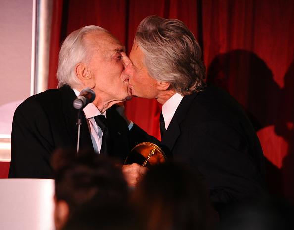 Actor「SBIFF's 2011 Kirk Douglas Award For Excellence In Film」:写真・画像(12)[壁紙.com]