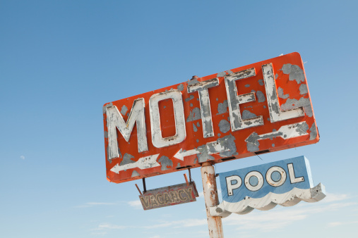 Dirt Road「Motel Sign Along Historic Route 66, Retro, Nostalgia」:スマホ壁紙(8)