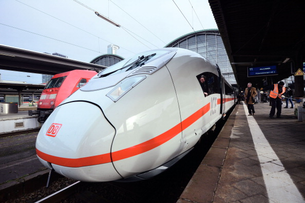 Frankfurt - Main「Deutsche Bahn Introduces Latest ICE 3 High-Speed Train Generation」:写真・画像(14)[壁紙.com]