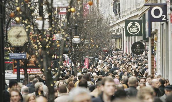 Oxford Street「Last Minute Christmas Shoppers Crowd London Streets」:写真・画像(3)[壁紙.com]