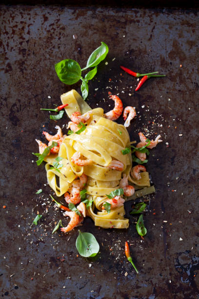 Pappardelle with crayfish:スマホ壁紙(壁紙.com)