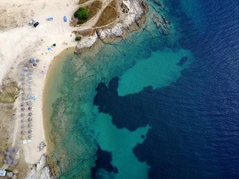 Halkidiki「Summer on beautiful sandy beaches in Mediterranean Sea, Greece」:スマホ壁紙(10)