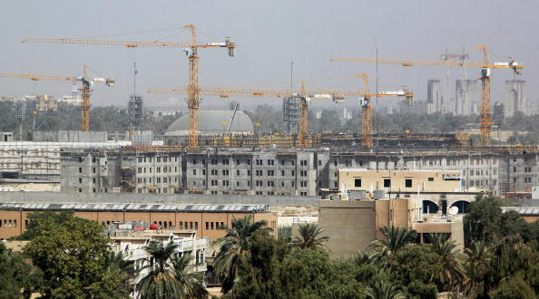 Construction Machinery「Embassy Compound Dominates Central Baghdad」:写真・画像(11)[壁紙.com]