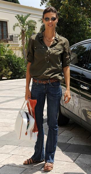 Shirt「Celebrities Arrive At The Taormina Film Fest 2011 - June 16, 2011」:写真・画像(0)[壁紙.com]