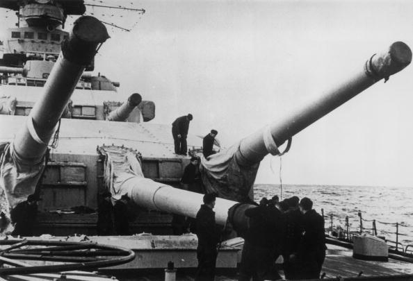 Ship「Guns Of The Scharnhorst」:写真・画像(18)[壁紙.com]