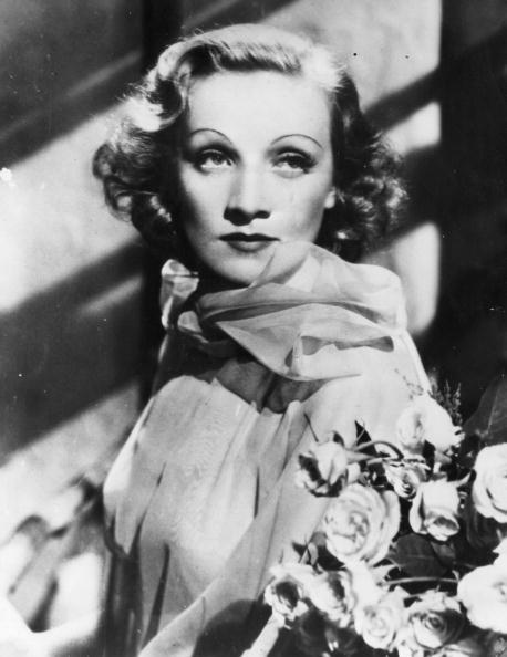 Marlene Dietrich「Marlene Dietrich」:写真・画像(3)[壁紙.com]