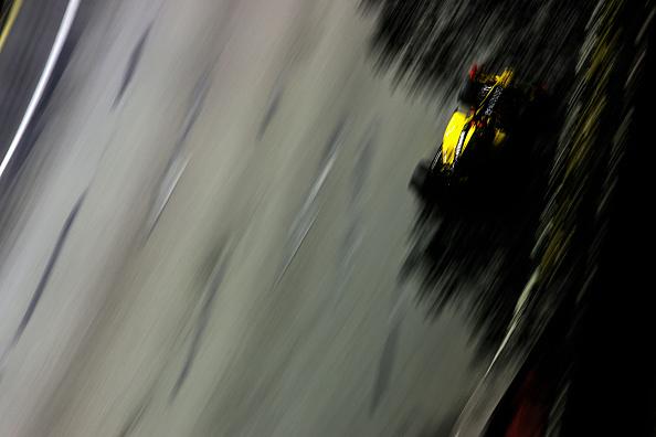 Paul-Henri Cahier「Robert Kubica, Grand Prix Of Singapore」:写真・画像(5)[壁紙.com]