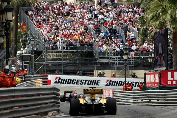 Paul-Henri Cahier「Robert Kubica, Sebastian Vettel, Grand Prix Of Monaco」:写真・画像(9)[壁紙.com]