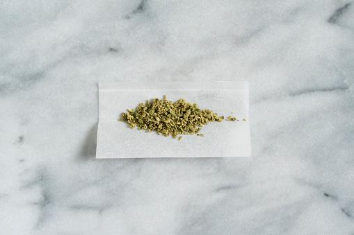 Chemical「Marijuana in rolling paper」:スマホ壁紙(12)