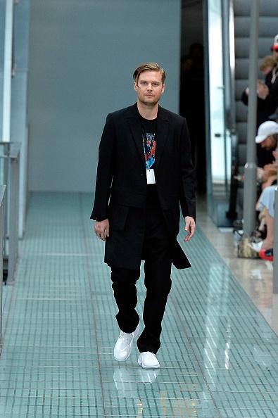 Design Professional「Alyx : Runway - Paris Fashion Week - Menswear Spring/Summer 2020」:写真・画像(0)[壁紙.com]