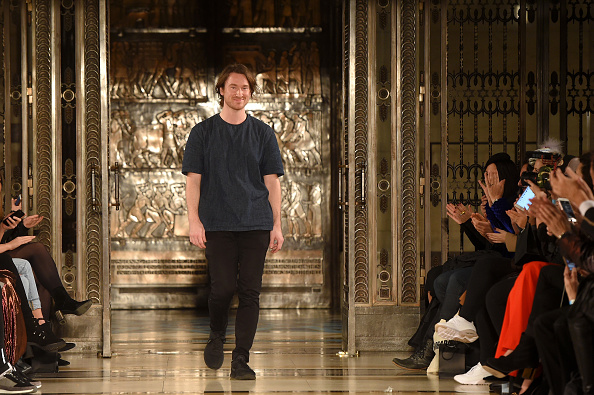 登場「Mark Fast - Runway - LFW February 2017」:写真・画像(4)[壁紙.com]