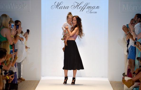 Gulf Coast States「Mara Hoffman Swim At Mercedes-Benz Fashion Week Swim 2014- Runway」:写真・画像(1)[壁紙.com]