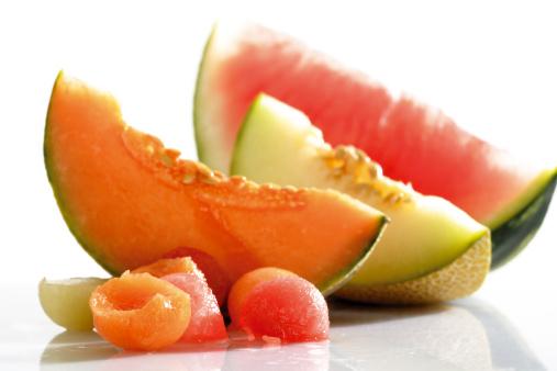 メロン「Melon balls and sliced melons」:スマホ壁紙(1)