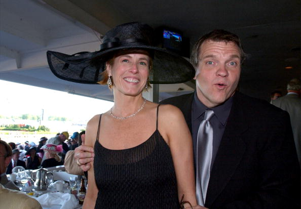 Loaf of Bread「Singer Meat Loaf And His Fiancee Deborah Gillespie Pose Before The 128Th Running Of The」:写真・画像(5)[壁紙.com]
