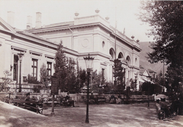 Health Spa「Merano: Spa Building. About 1895. Photograph By S. Pötzelberger / Meran. Photograph.」:写真・画像(7)[壁紙.com]