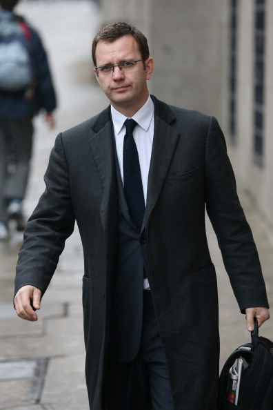Corporate Business「Rebekah Brooks, Andy Coulson And Others Arrive At Court To Enter Their Pleas On Bribery Of Officials Charges」:写真・画像(6)[壁紙.com]