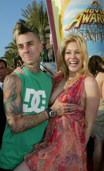 Cleavage - Breasts「2005 MTV Movie Awards - Arrivals」:写真・画像(14)[壁紙.com]