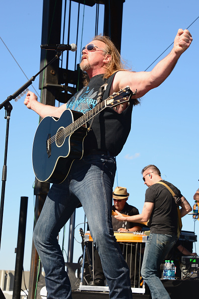 Southern USA「iHeartRadio and Coca-Cola's Open For Summer Concert Featuring Trace Adkins and Josh Thompson」:写真・画像(16)[壁紙.com]