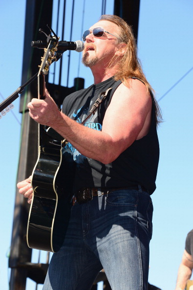 Southern USA「iHeartRadio and Coca-Cola's Open For Summer Concert Featuring Trace Adkins and Josh Thompson」:写真・画像(17)[壁紙.com]